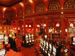 Plus besoin d'être bien habillé pour jouer au casino !